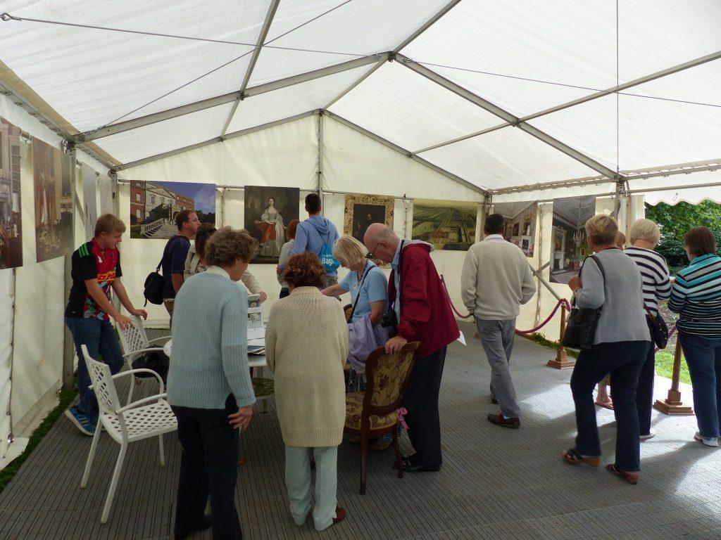 20150912 intro tent 2